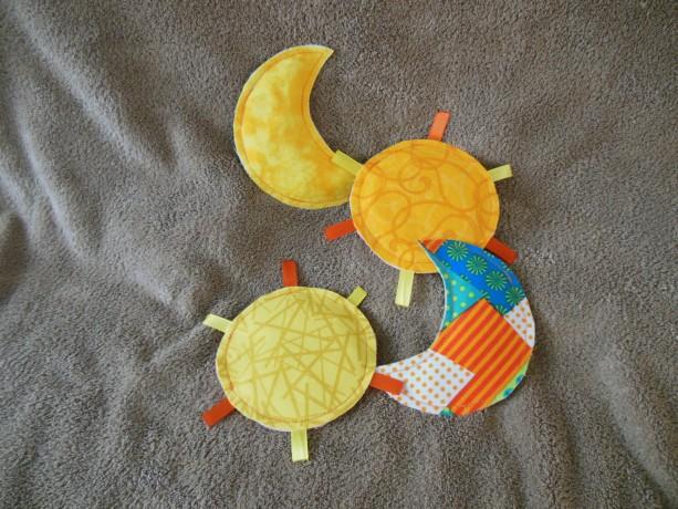 Crinkle Toy - Sun & Moon - Set of 2