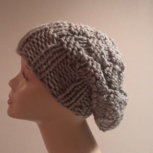 ONLY ONE Knit Slouchy Hat in Gray