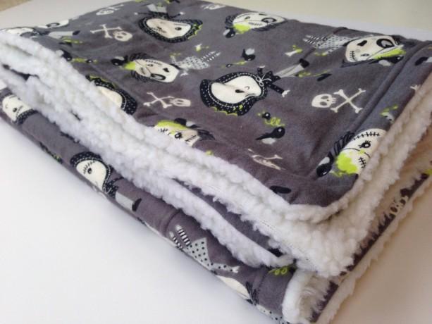 Zombie Flannel Blanket, Dog Blanket, Halloween Zombie, Zombie Bedding, Sherpa Blankets, Crate Blanket Dog, Lap Blanket, Flannel Dog Throw