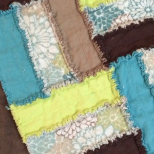 "45"" x 63"" Flannel Rag Throw Quilt"