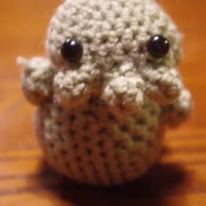 Cthulu Crochet Ami Plush