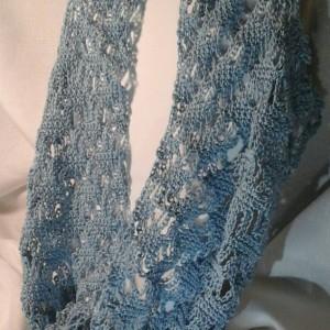 Lacey Lattice Cowl in Delft Blue