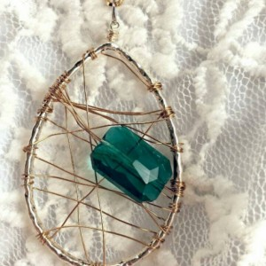 Wire wrapped pendant- boho gypsy hippie