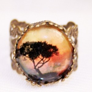 African Safari Tree Glass Filigree Ring