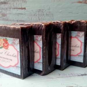 Gourmet Chocolate Scented Soap with Dark Chocolate and Coconut Milk