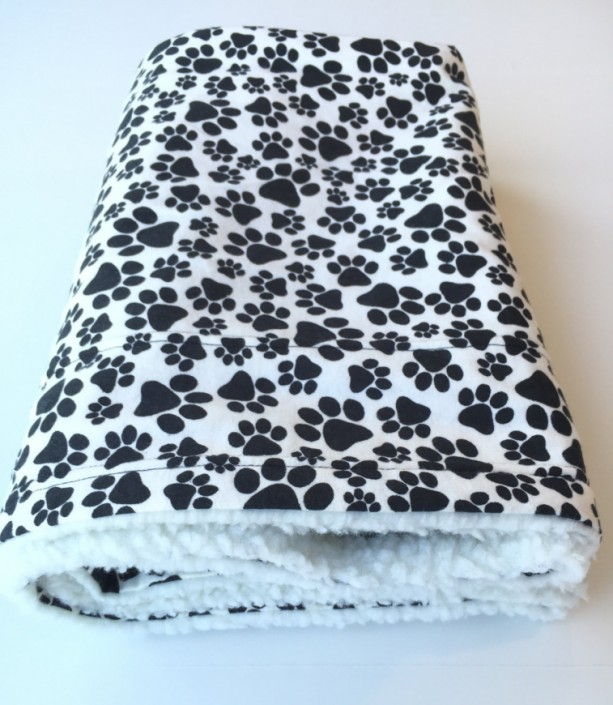 Paw Print Pet Blanket, Dog Blanket, Flannel Baby Blanket, Dog Couch Throw, Puppy Baby Blankets, Puppy Blanket, Toddler Nap Blanket