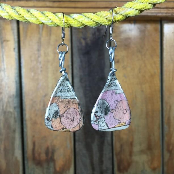Charlie Brown Earrings, Snoopy Earrings, Charlie Brown Jewelry, Snoopy Jewelry, Cartoon Earrings, Comic Strip Earrings, Dangle Earrings