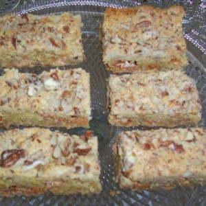 White Chocolate Pecan Bars