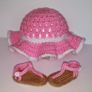 Crochet sunhat and sandals, baby sandals, floppy sunhat, sandals, pink sandals, pink sunhat wide brim hat, baby shoes, crochet sandals