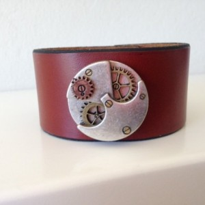 Steampunk Cuff with Gears
