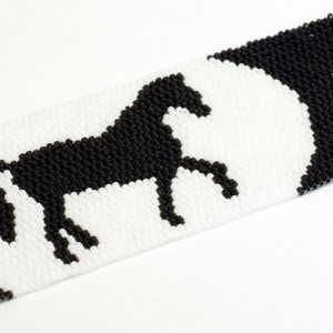 Beaded Cuff // Horse // Bracelet //Beadwork // Black and white