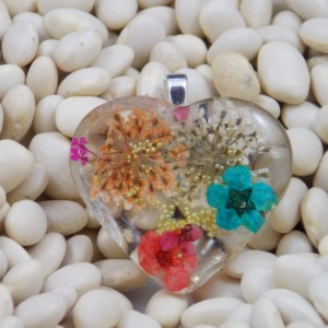 Heart shaped resin pendant necklace