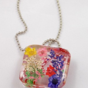 Multi Floral resin pendant necklace