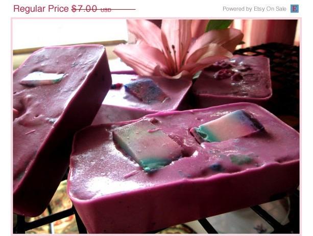 Hawaiian Pikake Flower Beeswax Soap~Purple Pikake~ Tropical Soap~Islander Soap