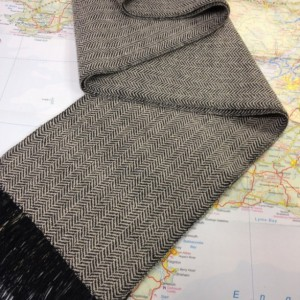 Cashmere & Tencel Herringbone handwoven scarf: Black/Natural