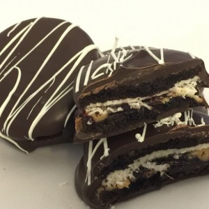 Gluten Free Chocolate Covered Oreos - K-Toos/ chocolate / unique / gluten free / fun / different /  gift / present / favor / milk / dark /white
