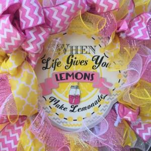 Love, life and lemonade wreath