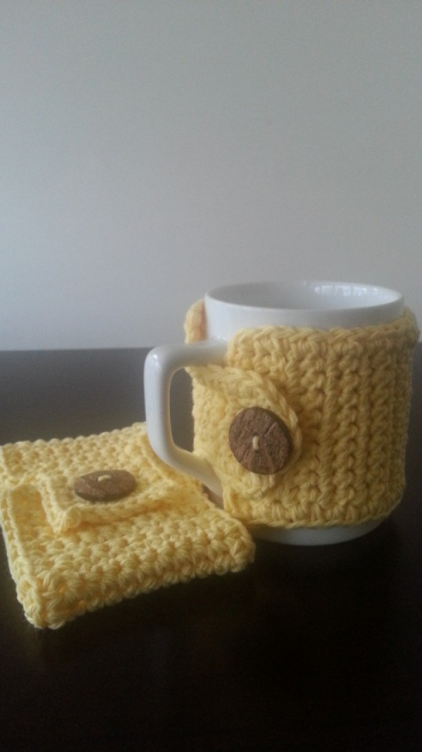 Coffee Mug Cozy in Yellow 2pc set