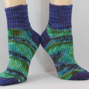 Caribbean Color Shorty Hand Cranked Socks