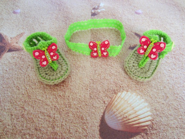 68fee5529971 Crochet baby sandals and headband