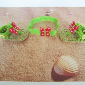 Crochet baby sandals and headband, crochet sandals, baby sandals, baby headband, green crochet baby sandals, crochet flip flops, baby shoes