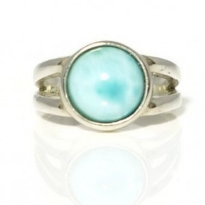 Larimar Ring, Healing Ring, Statement Ring, Promise Ring, Gemstone Ring, Cocktail ring, Stackable Ring, Solitare Ring, Gallery Ring