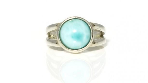 Larimar Ring, Healing Ring, Statement Ring, Promise Ring, Gemstone Ring, Cocktail ring, Stackable Ring, Solitare Ring, Gallery Ring