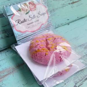 Guavaberry & Goji Solid Bubble Bar
