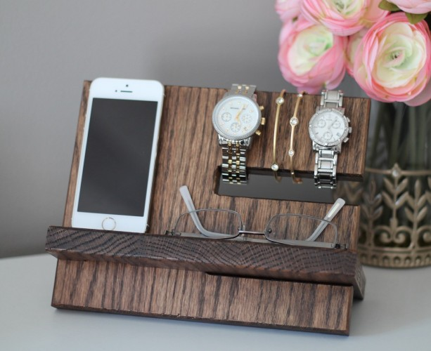 Oak Wood Valet iPhone Galaxy Charging Stand Nightstand Dock Graduation