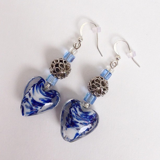 Heart Shape Beaded Drop Earrings Blue White Bead Dangle Casual Love Valentines