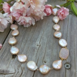 Peach Coin Pearl & Druzy Linked in 14K Gold Filled Wire with Handforged Clasp