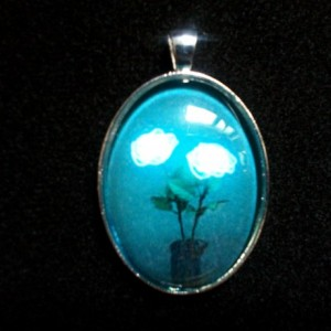 Iluminated Flowers and Vase Silver Pendant