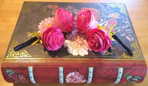 Hot pink Peony boutonniere,  Paper flower Groom boutonniere, Made in your choice of colors, Prom boutonniere, Fake Flower Corsages, Corsages