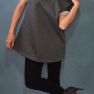 Loose fitting sweatshirt fleece tunic shirt
