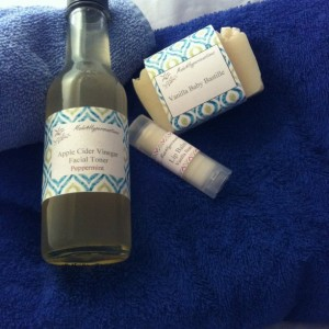 Organic Facial Toner made with Apple Cider Vinegar and Lavender Essential Oil- Organic Skin Care Regimen Step 2