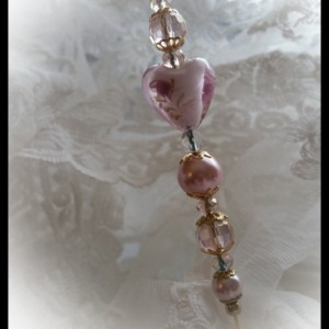 """Debutante's Heart""  Vintage style Ladies Lampwork and Pearl 6 inch Hat Stick Pin"