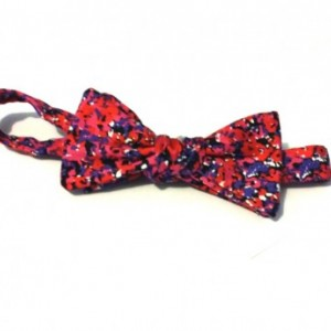 Blurred Flowers Bow tie