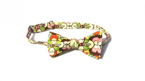 Autumn Flowers Bow tie