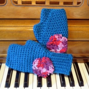 Blue fingerless gloves with flower