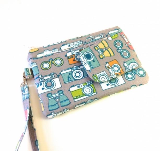 Cell Phone Wristlet in Retro Cameras