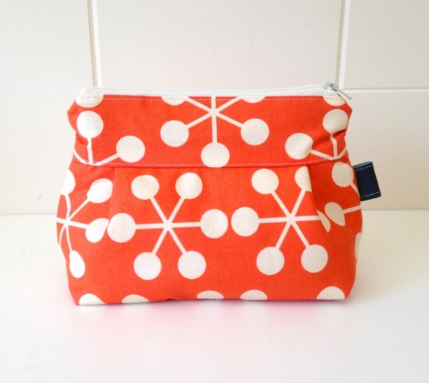 Makeup Bag in Tangerine Asteriks