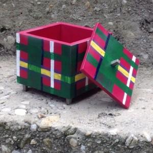 Hand Painter Plaid Box