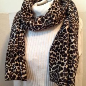 Leopard print velour scarf