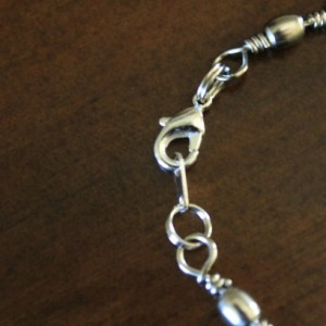Fishing swivel bracelet