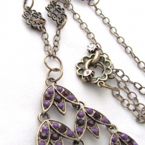 Simple Purple Leaf Pendant Necklace with Rhinestone Toggle Clasp and Brass Chain
