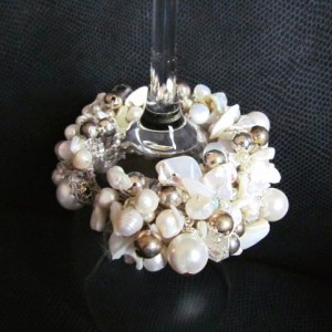 White pearl beaded bracelet