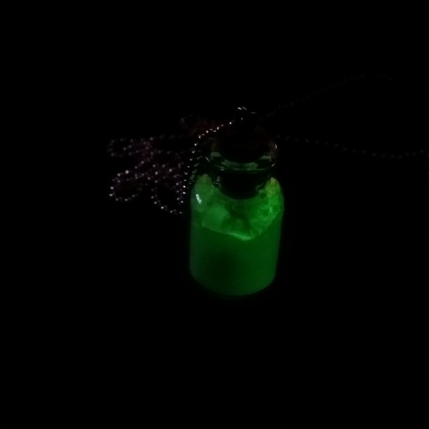 mini glass glow in the dark necklace