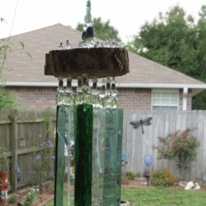 Green and irridescent glass chimes
