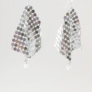 Mesh rock crystal quartz earrings, floating, disco