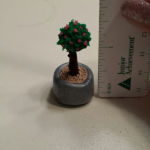 Dollhouse Miniature Clay Topiary Tree